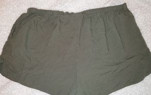 Mossimo pull on shorts